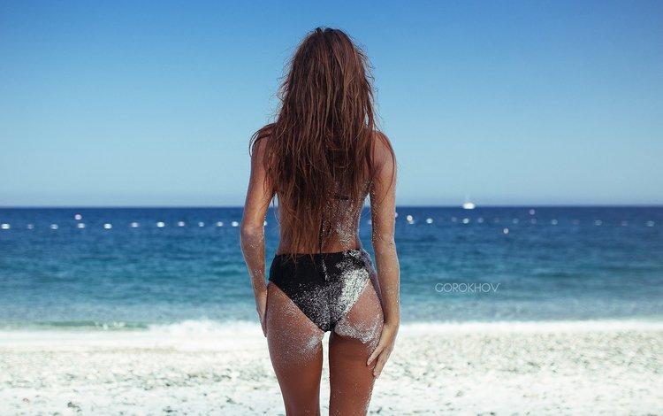 девушка, попка, море, поза, песок, пляж, брюнетка, модель, бикини, girl, ass, sea, pose, sand, beach, brunette, model, bikini