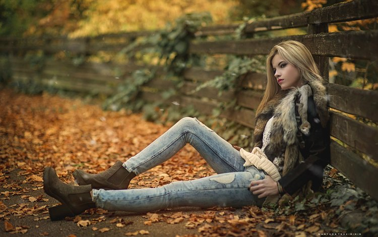 nature, leaves, girl, blonde, autumn, the fence, model, jeans, curls, fur, jacket, collar, shoes, ankle boots, manthos tsakiridis
