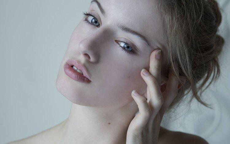 girl, portrait, look, model, lips, face, blue-eyed, ginevra salustri
