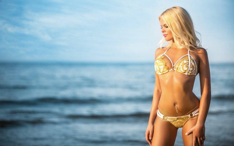 девушка, бикини, море, живот, блондинка, anastasia tretyakova, модель, грудь, ножки, тело, пирсинг, girl, bikini, sea, belly, blonde, model, chest, legs, body, piercing
