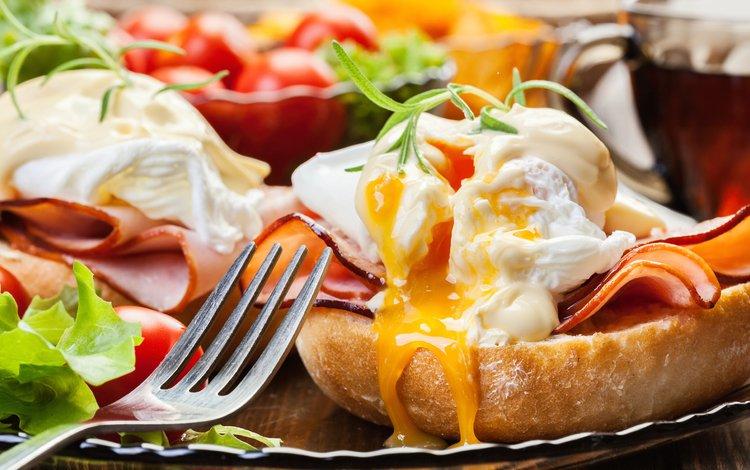 хлеб, завтрак, яйца, закуска, ветчина, яйцо пашот, bread, breakfast, eggs, appetizer, ham, the poached egg