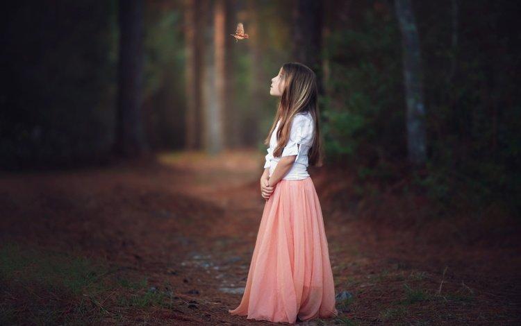 лес, настроение, взгляд, бабочка, девочка, волосы, лицо, ребенок, forest, mood, look, butterfly, girl, hair, face, child
