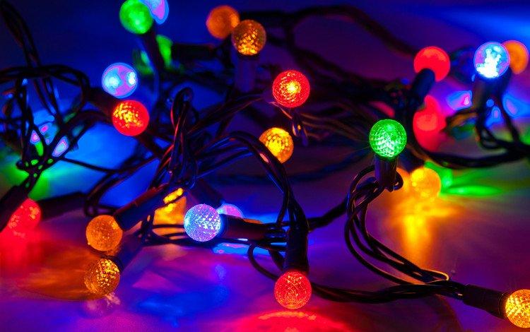 огни, отражение, лампочки, рождество, гирлянда, lights, reflection, light bulb, christmas, garland