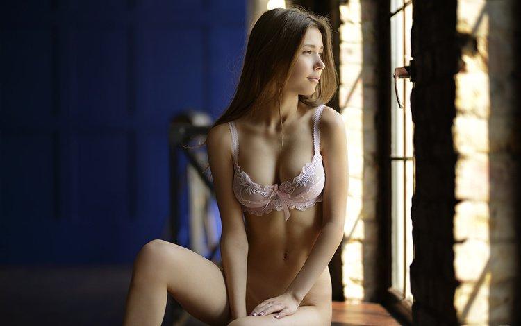 девушка, джованни zacche, взгляд, модель, волосы, лицо, окно, белье, сидя, girl, giovanni zacche, look, model, hair, face, window, linen, sitting