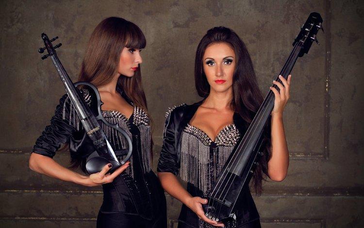 violin, girls, two, brunette, violinist, electric violin, violin group dolls, elektroskripke