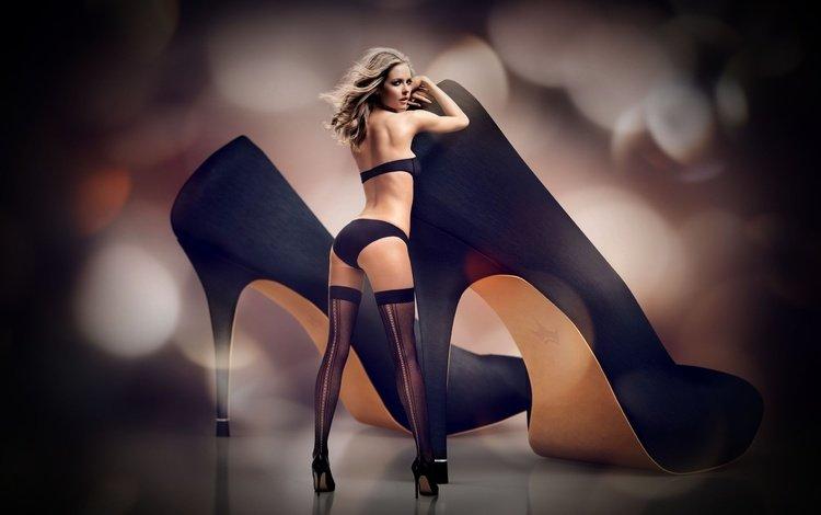 девушка, поза, взгляд, попа, спина, чулки, туфли, красотка, girl, pose, look, ass, back, stockings, shoes, beauty