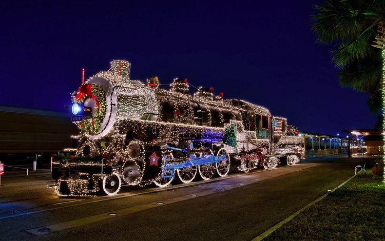 new year, station, locomotive, 2018, the engine, christmas, night, wide, see, nice, garland, happy
