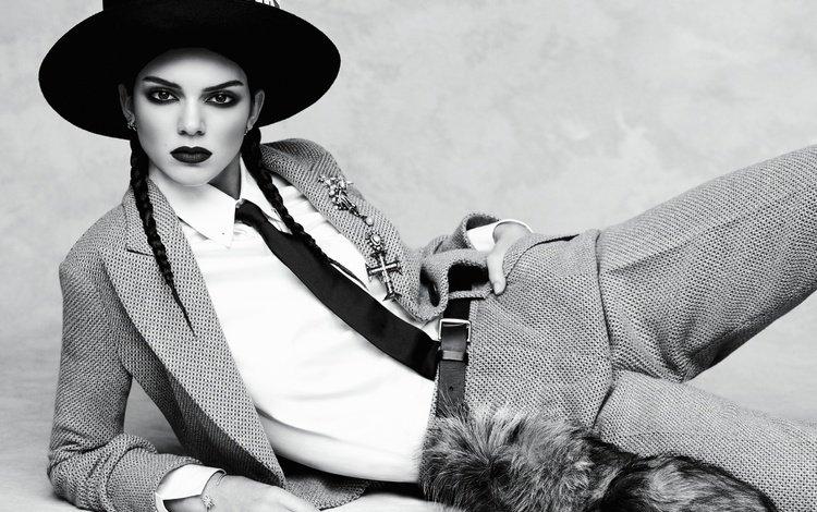 брюнетка, кендалл дженнер, чёрно-белое, модель, макияж, шляпа, галстук, фотосессия, косы, brunette, kendall jenner, black and white, model, makeup, hat, tie, photoshoot, braids