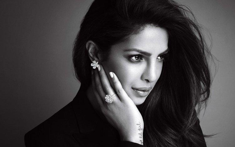 девушка, портрет, взгляд, чёрно-белое, губы, актриса, индийская, приянка чопра, girl, portrait, look, black and white, lips, actress, indian, priyanka chopra