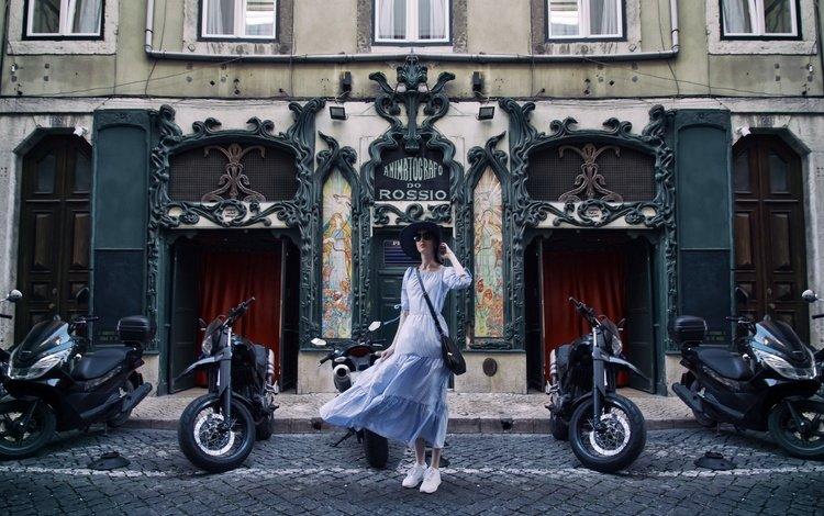 девушка, лиссабон, платье, город, взгляд, улица, лицо, ветер, шляпа, girl, lisbon, dress, the city, look, street, face, the wind, hat