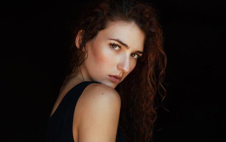 девушка, tania cervián, портрет, роса, взгляд, модель, волосы, черный фон, лицо, girl, portrait, rosa, look, model, hair, black background, face