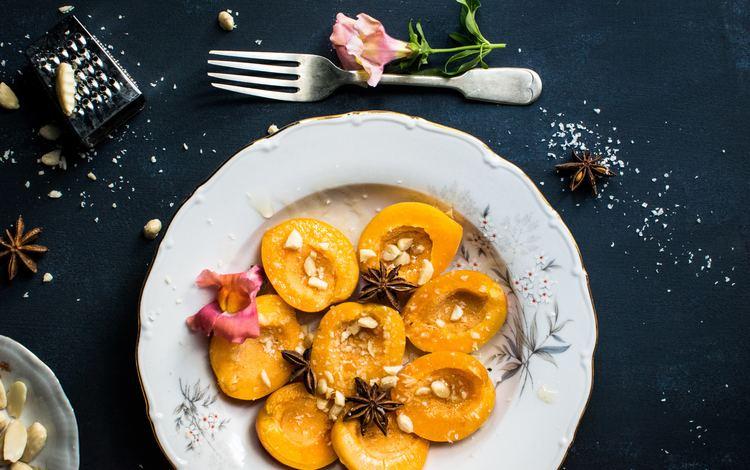 орехи, персики, десерт, nuts, peaches, dessert
