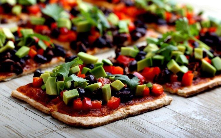 овощи, дерева, пицца, начинка, маслины, vegetables, wood, pizza, filling, olives