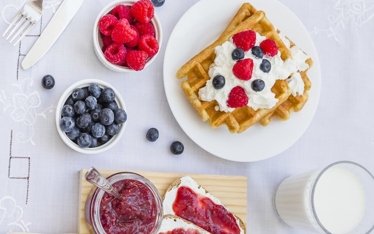 ягоды, завтрак, вафли, berries, breakfast, waffles