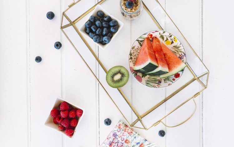 виноград, фрукты, арбуз, киви, дерева, голубика, vitamin, grapes, fruit, watermelon, kiwi, wood, blueberries
