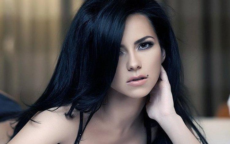 девушка, макияж, родинка, черные волосы, крупно, голые плечи, girl, makeup, mole, black hair, large, bare shoulders
