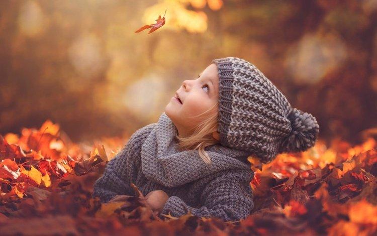 листья, настроение, листва, осень, девочка, шапка, листик, боке, leaves, mood, foliage, autumn, girl, hat, leaf, bokeh