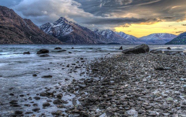 озеро, горы, камни, берег, закат, пейзаж, lake, mountains, stones, shore, sunset, landscape