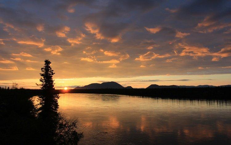 the sky, river, mountains, tree, sunset, landscape, horizon, twilight