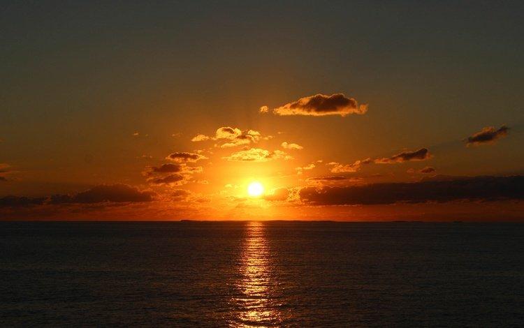 the sky, clouds, sunset, reflection, sea, morning, horizon, glare, the ocean, sunrise, the sun's rays