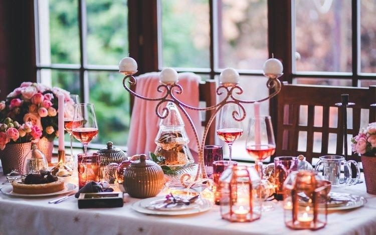 свечи, праздничный стол, новый год, вино, бокалы, праздник, шампанское, декор, сервировка, candles, new year, wine, glasses, holiday, champagne, decor, serving