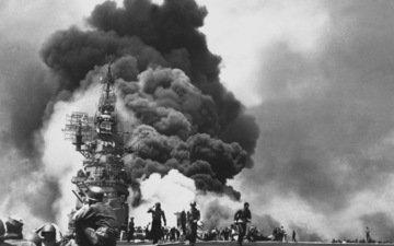 пожар, авианосец, банкер-хилл