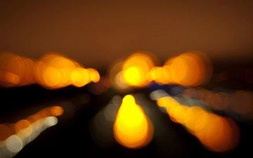 ночь, огни, силуэты