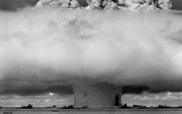 sea, ships, a nuclear explosion