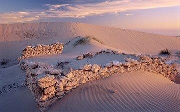 камни, песок, пустыня