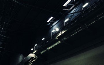 лестница, фонарь, завод, склад, темнота