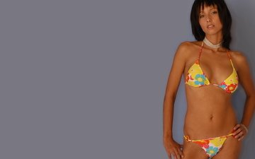 brunette, bikini