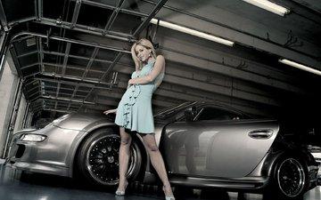 девушка, платье, машина, каблуки, гараж