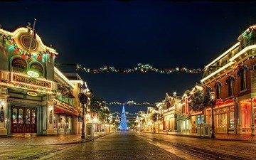 свет, ночь, фонари, новый год, елка, украшения, город, улица, праздник, огоньки, гирлянда
