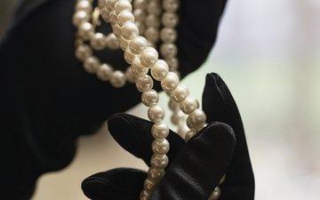 pearl, black gloves