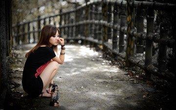 Азиатка с сигаретой, видео с мужского порнокастинга
