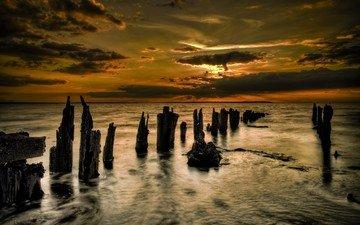 облака, закат, море, бревна
