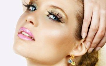 девушка, портрет, взгляд, модель, лицо, макияж, сёрьги, ресницы, в, красивая, ну, очень, сережках