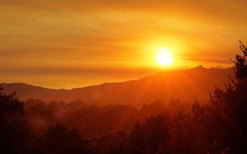 горы, солнце, лес, закат, луч