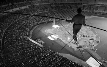 photo, the situation, black and white, adrenaline, the audience, risk, the dome, tightrope walker, arena, wusata