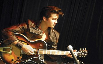 обои, гитара, микрофон, музыка, актёр, певец, элвис пресли, рок-н-ролл, король, красавец, кадилак