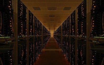 коридор, серверная, оборудование