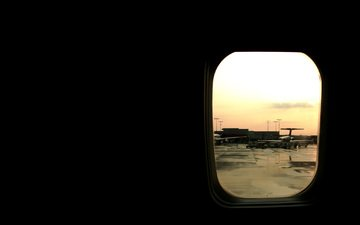 самолет, иллюминатор, аэропорт