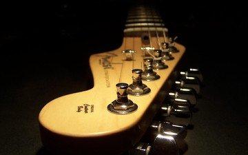 гитара, струны, темнота