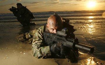gun, soldiers, machine, bald, machine gun, muffler, the flash hider