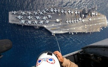 figure, cabin, people, helmet, aircraft, the ocean, helicopter, f-18, the carrier, chassis, the cable, bombers