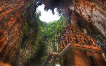 храм, монастырь