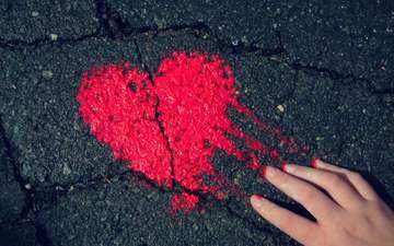 рука, сердечко, краска, сердце, асфальт