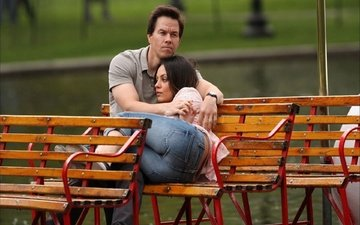 bench, pair, mila kunis, mark wahlberg