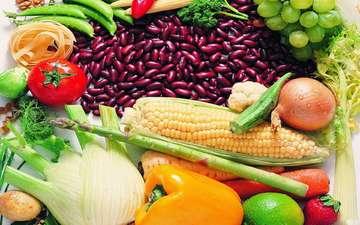 виноград, фрукты, лук, кукуруза, ягоды, овощи, помидоры, морковь, красная фасоль, желтый перец