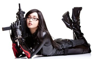 girls guns